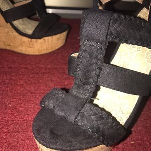 Soda Shoes - SODA Suede Wedge